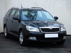 Škoda Octavia 2009 Combi čierna 8
