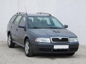 Škoda Octavia 2006 Combi šedá 7
