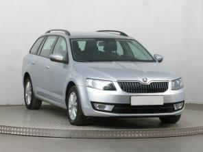 Škoda Octavia 2014 Combi šedá 7