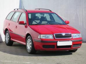 Škoda Octavia 2003 Combi červená 1