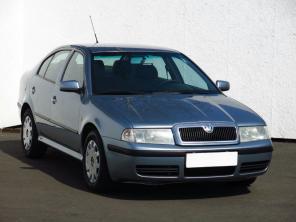 Škoda Octavia 2003 Hatchback modrá 4