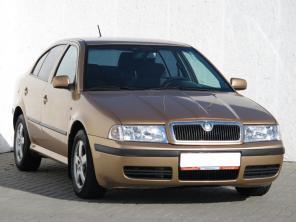 Škoda Octavia 2004 Hatchback zlatá 6