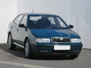 Škoda Octavia 1998 Hatchback zelená 4