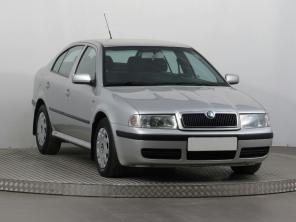 Škoda Octavia 2003 Hatchback strieborná 4