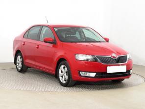 Škoda Rapid 2014 Hatchback červená 4