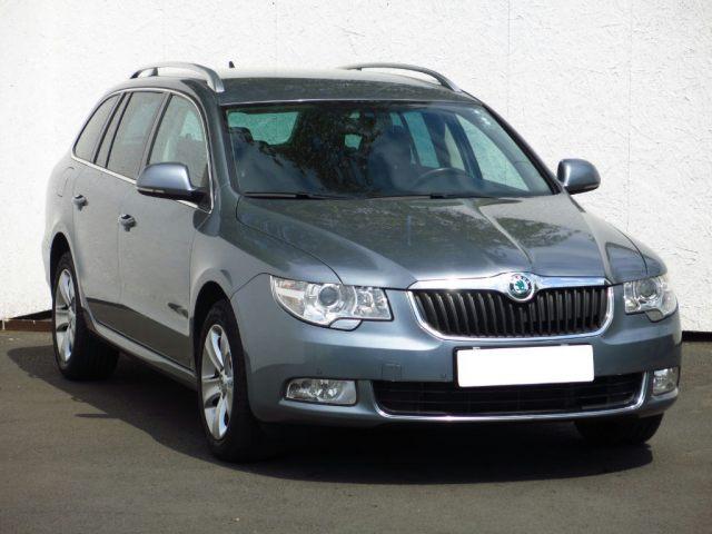 Škoda Superb 2010