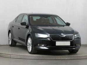 Škoda Superb 2015 Sedan modrá 4