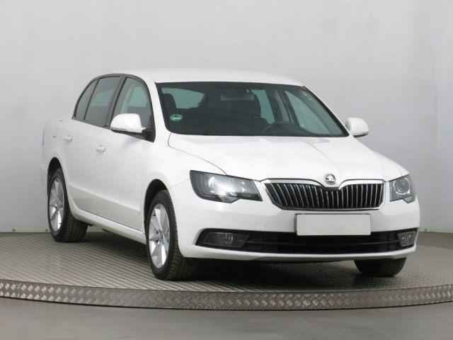 Škoda Superb 2014