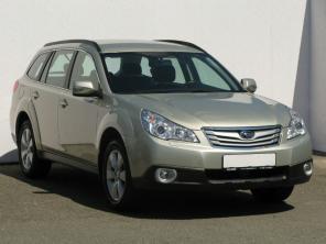 Subaru Outback 2012 Combi zlatá 9