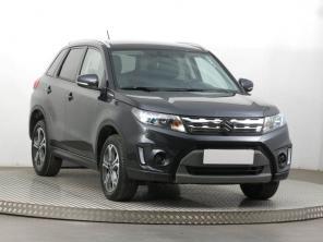 Suzuki Vitara 2018 SUV černá 2