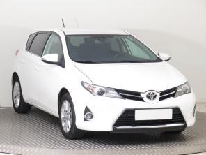 Toyota Auris 2015 Hatchback bílá 6