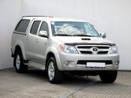 Toyota Hilux 2010 Off road strieborná 6