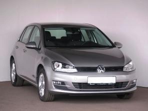 Volkswagen Golf 2014 Hatchback strieborná 4