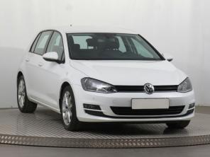 Volkswagen Golf 2016 Hatchback bílá 3