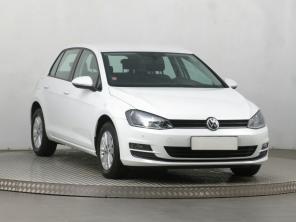 Volkswagen Golf 2017 Hatchback bílá 3