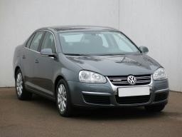 Volkswagen Jetta 2011 Sedan šedá 1
