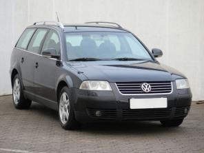 Volkswagen Passat 2005 Combi černá 10