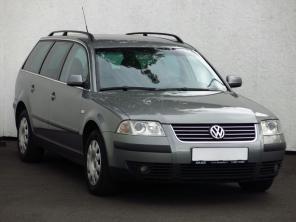 Volkswagen Passat 2003 Combi šedá 3