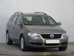 Volkswagen Passat 2011 Combi šedá 9