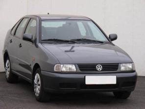 Volkswagen Polo 1997 Sedan zelená 2