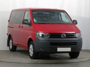 Volkswagen Transporter 2015 Bus červená 9