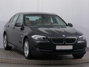 BMW 5 2011 Sedan šedá 5