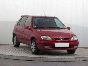 Citroen Saxo 2000 Hatchback červená 1