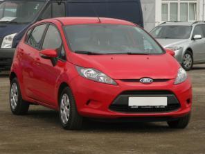 Ford Fiesta 2013 Hatchback červená 9
