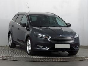 Ford Focus 2017 Combi šedá 7