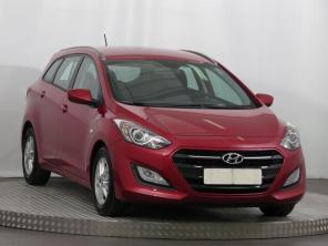 Hyundai i30 2016 Combi červená 7