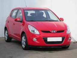 Hyundai i20 2011 Hatchback red 10