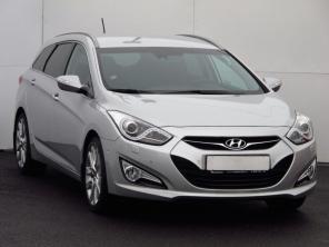 Hyundai i40 2013 Combi stříbrná 10