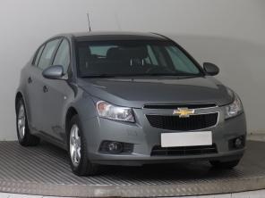 Chevrolet Cruze 2012 Hatchback šedá 8