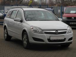 Opel Astra 2007 Combi white 2