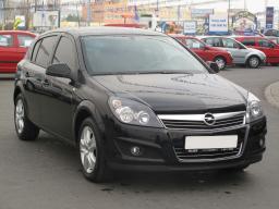 Opel Astra 2005 Hatchback black 10