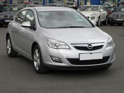 Opel Astra 2012 Hatchback white 7
