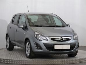 Opel Corsa 2013 Hatchback červená 8
