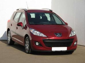 Peugeot 207 2011 Combi červená 10