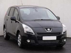 Peugeot 5008 2012 Rodinné vozy černá 6