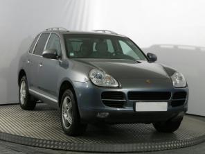 Porsche Cayenne 2005 SUVs black 8