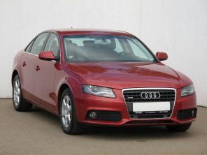 Audi A4 2012 Sedan červená 9