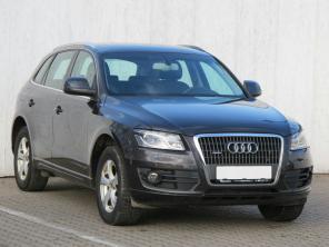 Audi Q5 2010 SUV šedá 5