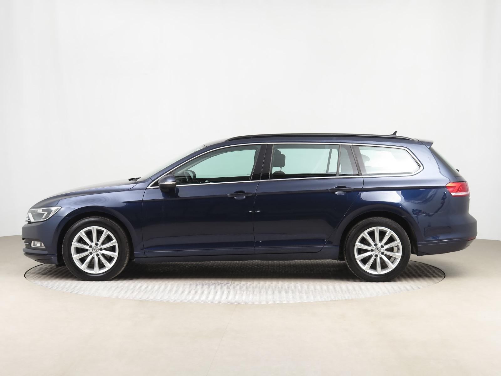 Volkswagen Passat, 2016 - pohled č. 4