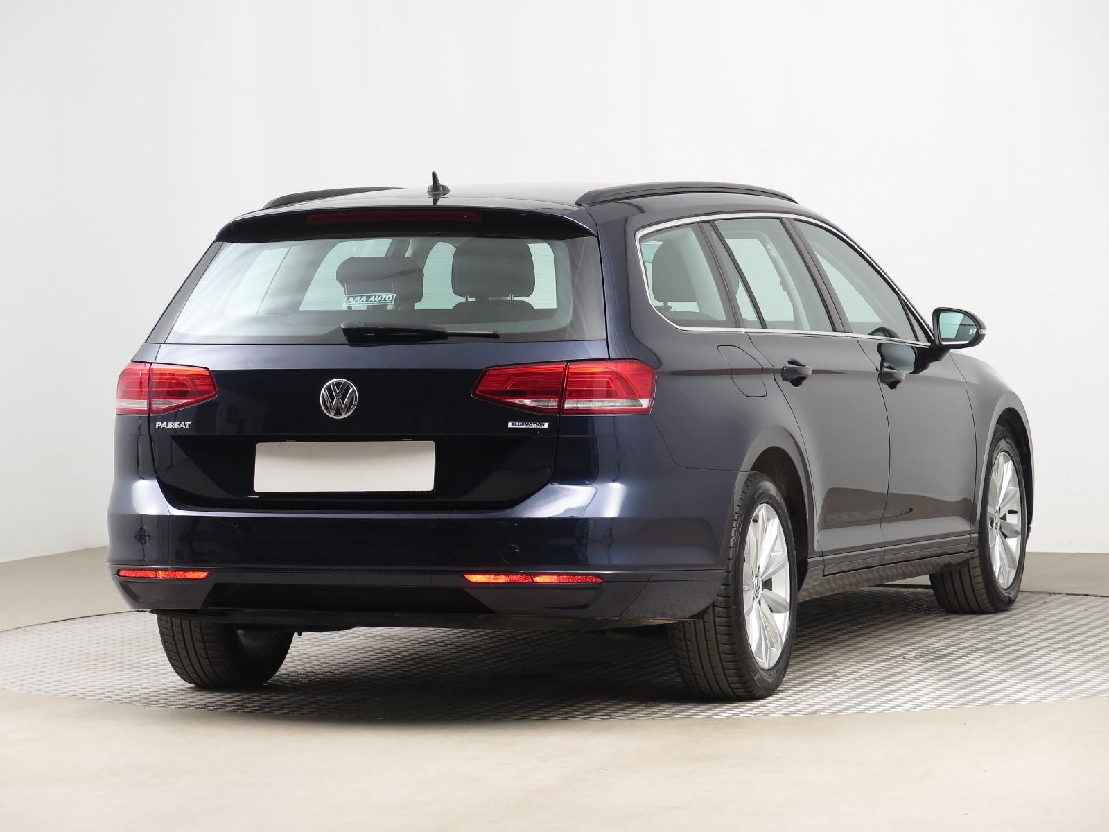 Volkswagen Passat, 2016 - pohled č. 7