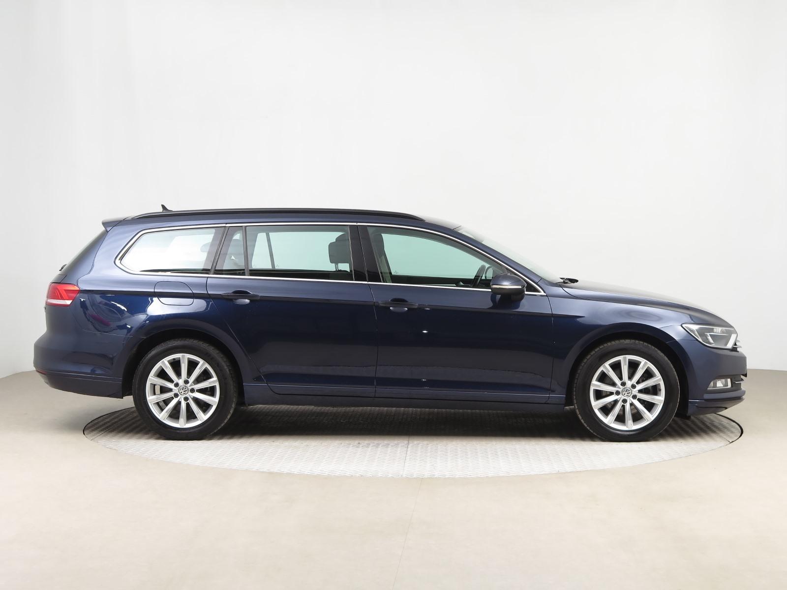 Volkswagen Passat, 2016 - pohled č. 8