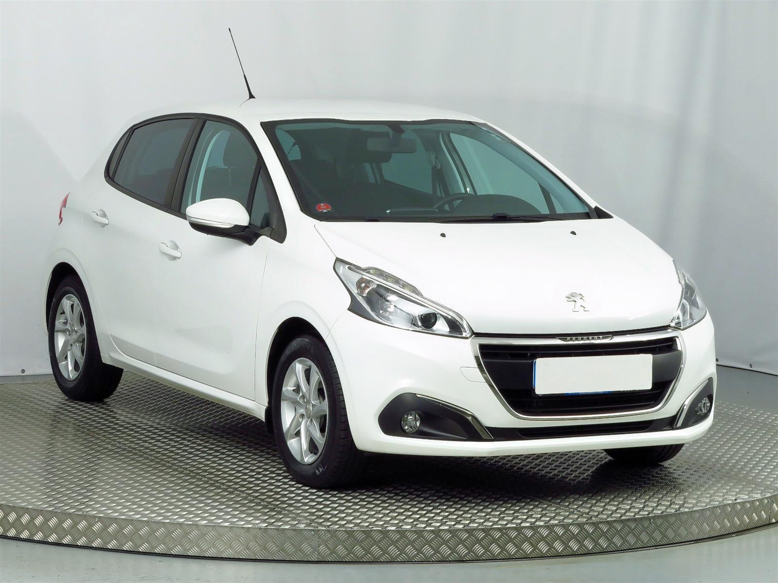 Peugeot 208, 2016