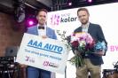 """AAA AUTO przekazała hybrydową Toyotę zwycięzcy  w konkursie ,,Grube Ryby"""" Radio Kolor"""