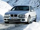 Klienti autobazárov častejšie požadujú nadštandardnú zimnú výbavu